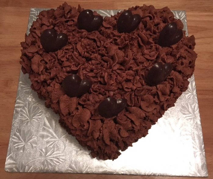My heart cake is ready to eat!